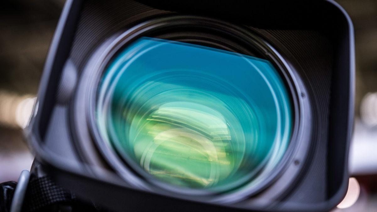 Kamera als Symbol für Medienrechte oder Pressekonferenzen