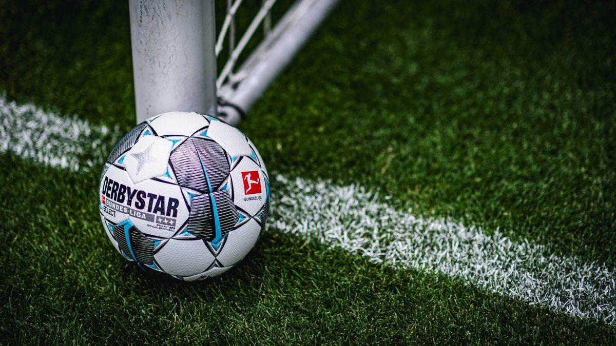 Derbystar Match Ball Season 2019/20, Spielball an der Torlinie