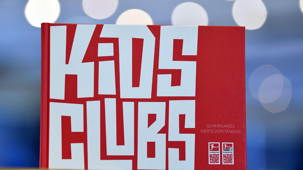 """Titel der Broschüre """"Gemeinsames Werteverständnis der Kids-Clubs"""""""