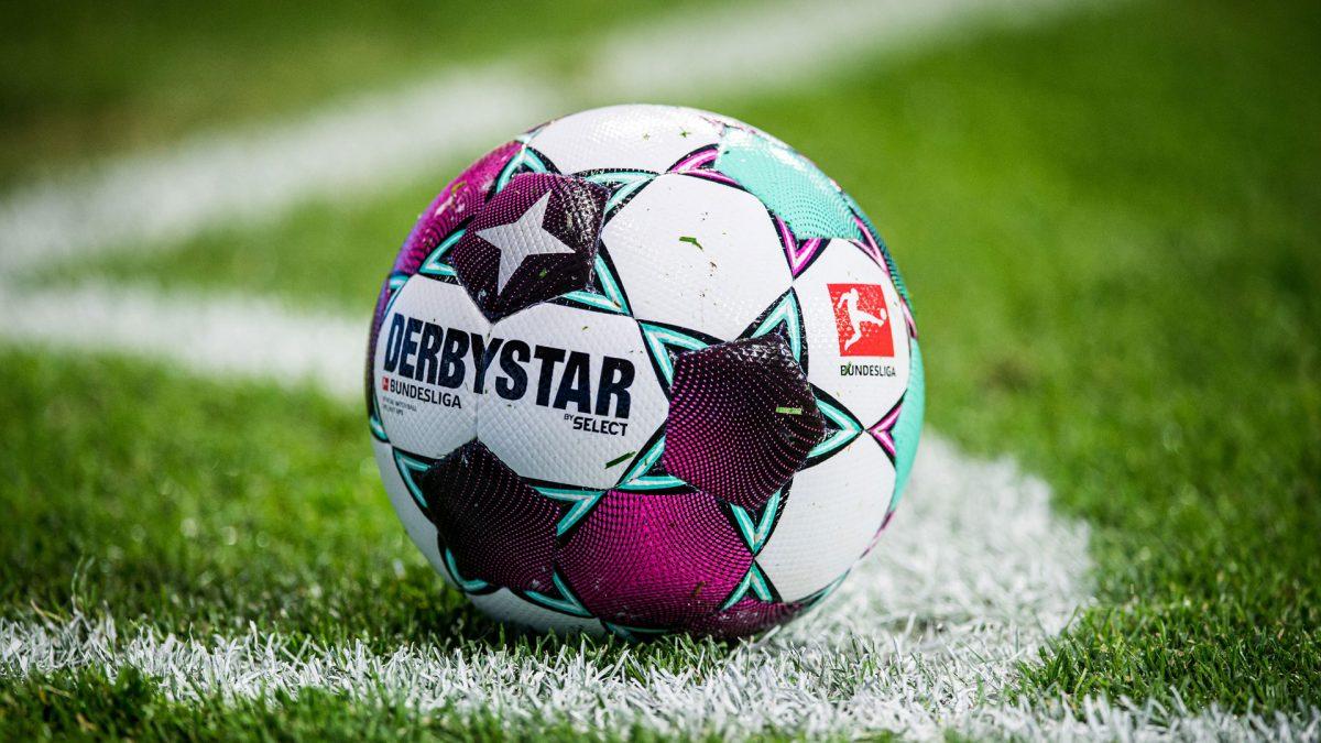 Derbystar Official Matchball Bundesliga - in der Ecke