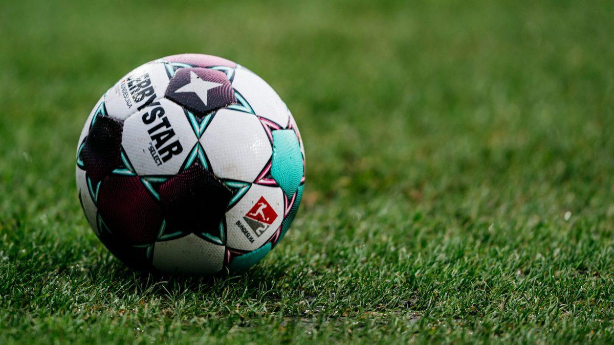 Derbystar matchball Bundesliga 2